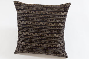 PIL387: Nzuri Samburu Chocolate Brown