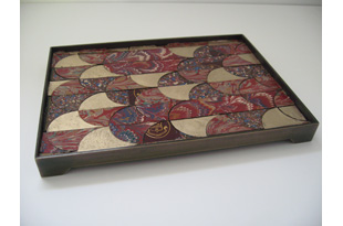 ACC1312: Rectangular Tray - Red and Gold