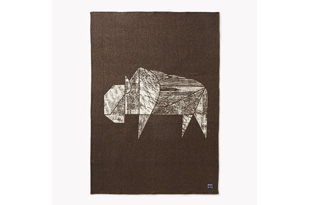 ACC1126: Bison Jacquard Wool Throw: Coffee/Natural
