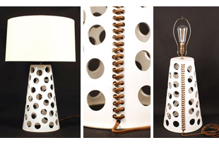 LIT191: White Ceramic Lamp with Linen Shade
