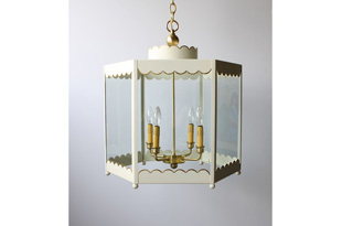 LIT218: Scalloped Lantern (Medium): Ivory w/ Gilt Trim